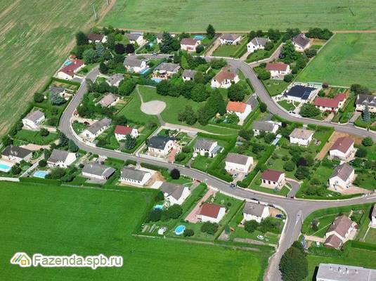 Коттеджный поселок  Дома на улице Счастливая, Всеволожский район. Актуальное фото.