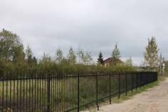 Рядом с Хвойное расположен Коттеджный поселок  Мельничный Ручей