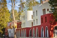 Рядом с Аллегро-Парк расположен Малоэтажный жилой комплекс Прибрежный квартал