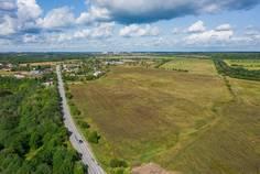 Рядом с Ульяновка расположен Коттеджный поселок  Весна