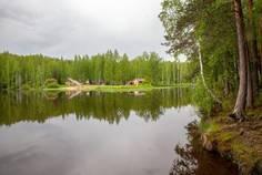 Рядом с Город сад расположен Коттеджный поселок  Новоселки